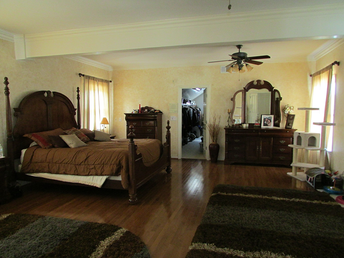 Master bedroom of Camarillo home